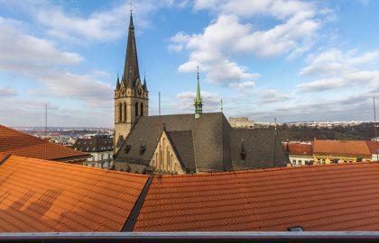 """נכס שמור: למכירה בפראג בניין דירות 800 מ""""ר"""