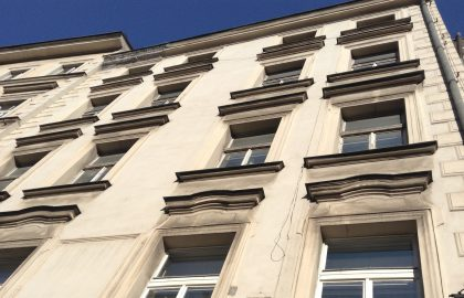 למכירה בפראג 1 בניין 6 קומות במיקום אטרקטיבי במיוחד!