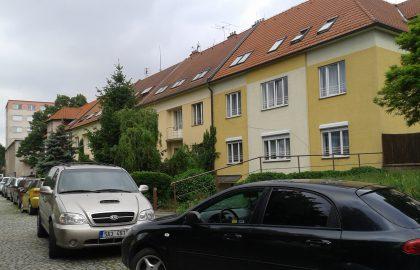 נכס שמור: למכירה בפראג 10 בניין לשיפוץ בהזדמנות!