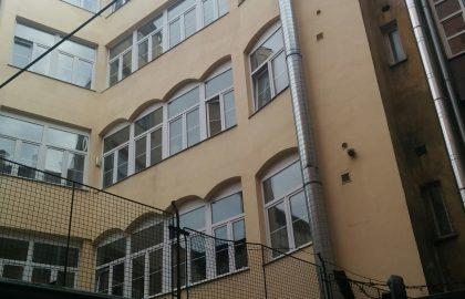 נכס שמור: למכירה בפראג 3 בניין משולב בן 6 קומות