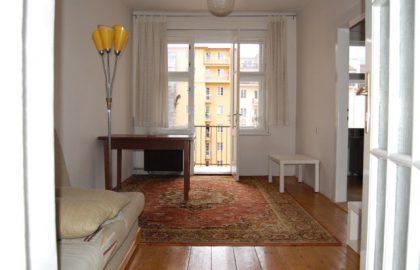"""למכירה בפראג 3 דירת 50 מ""""ר 2 חדרים."""