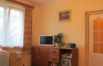 למכירה דירה בפראג 6 באיזור מעולה 50 מטר מתחנת מטרו עם ביקוש גבוה מאד לשכירות – מומלץ!!