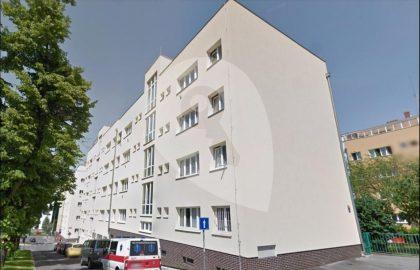 """למכירה דירת 1+1 בגודל 41 מ""""ר בפראג 6"""