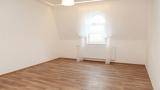 למכירה דירת 2 חדרים בפראג 8 משופצת כחדשה (7)