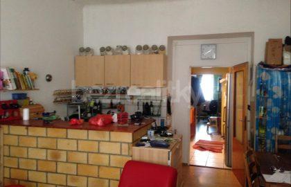 למכירה דירת 2 חדרים להשקעה בפראג 10