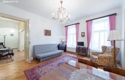 """למכירה דירת 2+1 בגודל 68 מ""""ר בעיר העתיקה בפראג"""