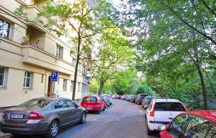 למכירה דירת 2+1 בפראג 8 שכונת ליבן על 58 מטר