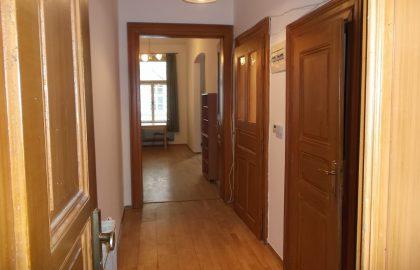 """למכירה דירת 2+1 על 67 מ""""ר בשכונת קרלין, פראג 8 צמוד לפראג 1"""