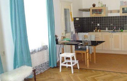 """למכירה דירת 2+kk בגודל 52 מ""""ר בפראג 1"""