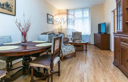 """למכירה דירת 3 חדרים יפהפיה, 75 מ""""ר בפראג 9"""