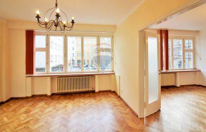 """למכירה דירת 3+1 בגודל 91 מ""""ר בפראג 1"""