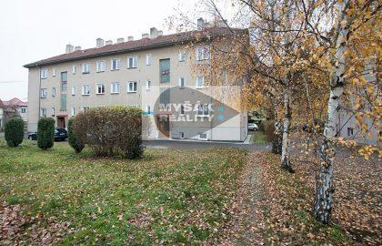 למכירה דירת 3+1 מקסימה בפראג 4