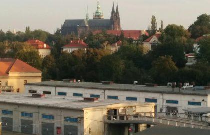 """למכירה דירת 55 מ""""ר בשכונת דייויצקה בפראג 6"""