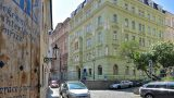 למכירה דירת 55 מר משופצת, 2 חדרים בעיר העתיקה של פראd (10)