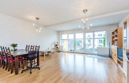 """למכירה בפראג 5 דירת 4 חדרים בגודל 114 מ""""ר"""