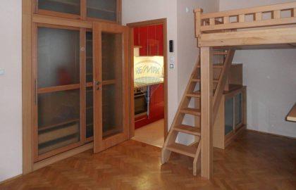 """למכירה בפראג 4 דירת 26 מ""""ר 1+KK"""