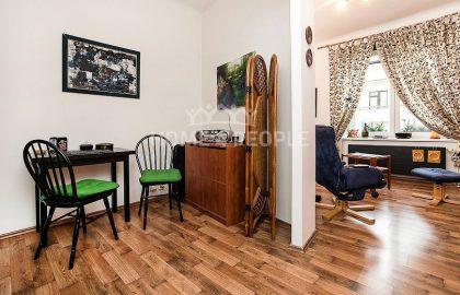 """למכירה דירת 1+1 בגודל 60 מ""""ר בשכונת נוסלה פראג 4"""
