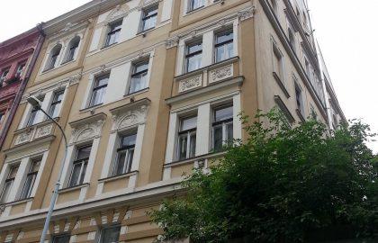 נכס שמור: למכירה בניין במיקום מעולה בפראג – שכונת קרלין