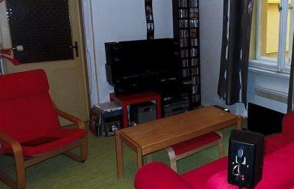 """למכירה בפראג 1 דירת 3+1 בגודל 65 מ""""ר"""