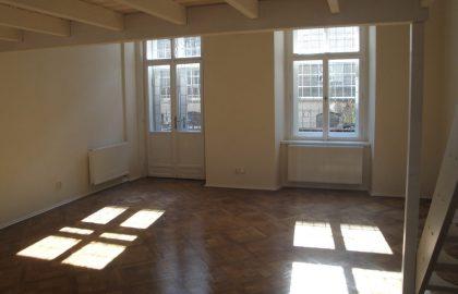 """למכירה בפראג 1 דירת 1+1 בגודל 59 מ""""ר"""