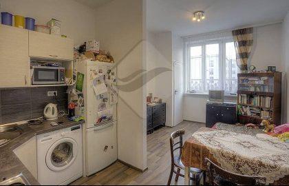 """למכירה בפראג 10 דירת 2+KK בגודל 49 מ""""ר"""