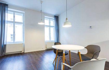 """למכירה בפראג 10 דירת 2+kk בגודל 40 מ""""ר"""