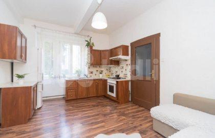 """למכירה בפראג 3 דירת 2+KK בגודל 51 מ""""ר"""