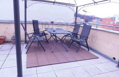 """למכירה בפראג 5 דירת 4+KK בגודל 161 מ""""ר"""