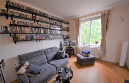 """למכירה בפראג 7 דירת 2+1 בגודל 63 מ""""ר"""