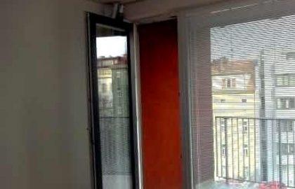 """למכירה בפראג 9 דירת 2+kk בגודל 71 מ""""ר"""