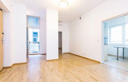 """למכירה בפראג 6 דירת 3+1 בגודל 96 מ""""ר"""