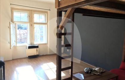 """למכירה בפראג 4 דירת 2+kk בגודל 40 מ""""ר"""