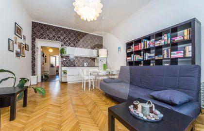 """למכירה בפראג 8 דירת 2+KK בגודל 43 מ""""ר"""
