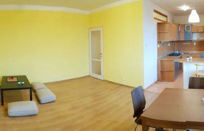 """למכירה בפראג 3 דירת 2+KK בגודל 52 מ""""ר"""