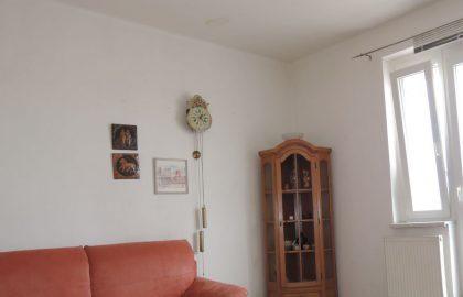 """למכירה בפראג 3 דירת 2+1 בגודל 55 מ""""ר"""