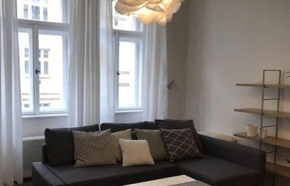 """למכירה בפראג 2 דירת 2+1 בגודל 48 מ""""ר"""