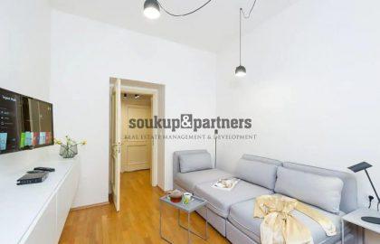 """למכירה בפראג 3 דירת 2+1 בגודל 74 מ""""ר"""