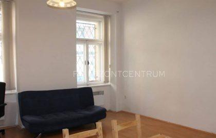 """למכירה בפראג 5 דירת 2+KK בגודל 67 מ""""ר"""