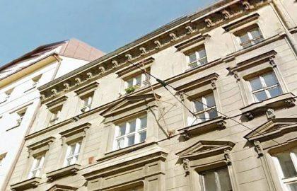 """למכירה בפראג 5 דירת 4+1 בגודל 141 מ""""ר"""