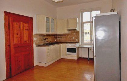 """למכירה בפילזן דירת 2+1 בגודל 87 מ""""ר"""