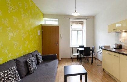 """למכירה בפראג 3 דירת 2+KK בגודל 35 מ""""ר"""
