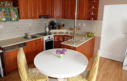 """למכירה בפראג 6 דירת 2+KK בגודל 46 מ""""ר"""
