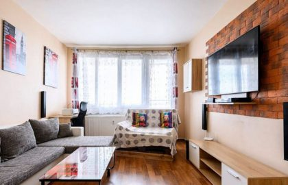 """למכירה בפילזן דירת 3+1 בגודל 65 מ""""ר"""