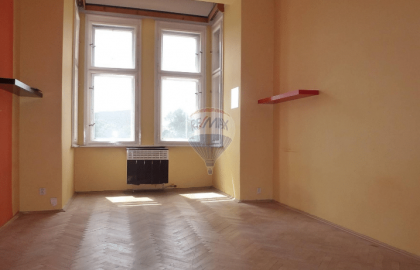 """למכירה דירת 3+KK על שטח של 84 מ""""ר בפראג 7"""