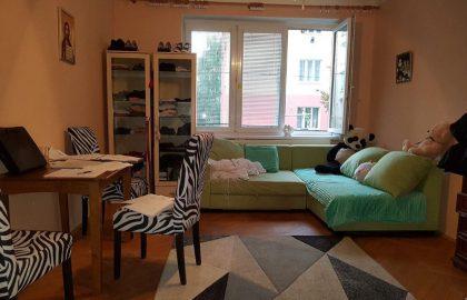 """למכירה בפילזן דירת 3+1 בגודל 66 מ""""ר"""