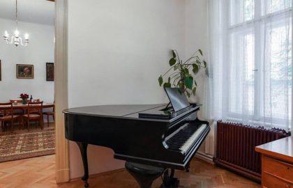 """למכירה בפראג 1 דירת 2+1 בגודל 82 מ""""ר"""