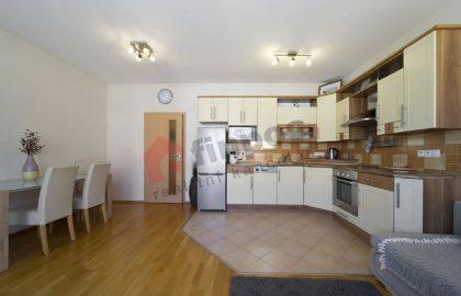 """למכירה בפילזן דירת 3+kk בגודל 72 מ""""ר"""