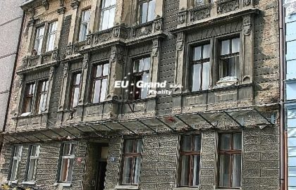 """למכירה בליברץ בניין דירות בגודל 850 מ""""ר"""