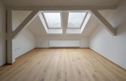 למכירה דירת 3+kk בשכונת וינוהרדי בפראג 2