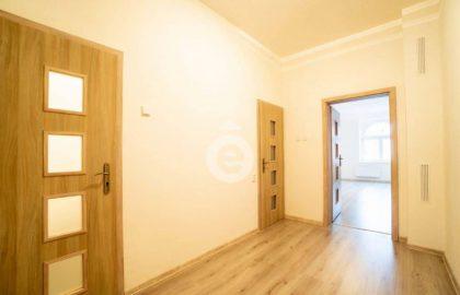 """למכירה בפילזן דירת 2+KK בגודל 62 מ""""ר"""